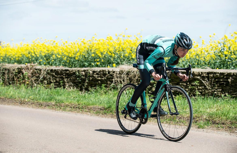 Pinarello 207 revelan la bicicleta de sky team
